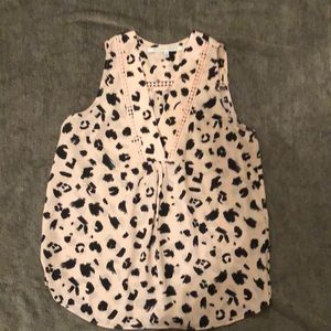Women's sleeveless top size S